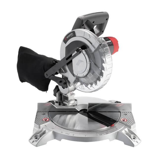 Пила торцовочная, 1400 Вт, 5500 об/мин, угол 0-45°, диск 210мм. DT-0621